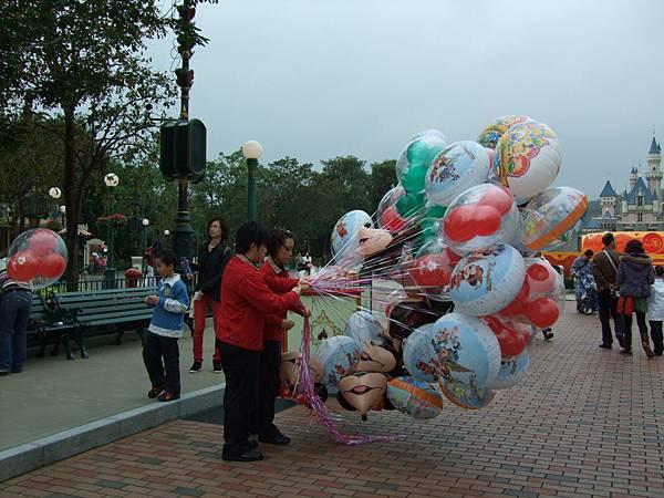好多氣球喔