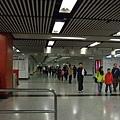香港地鐵空氣很悶