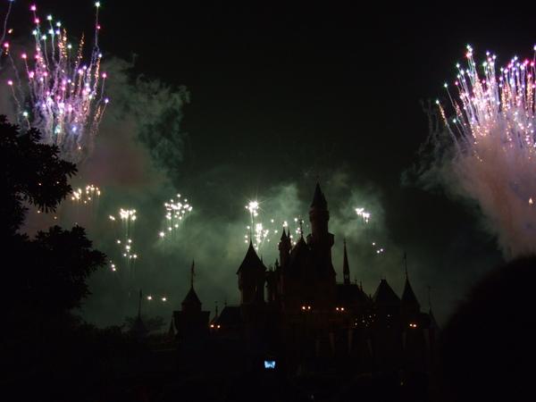 城堡黑掉也是一種美感?
