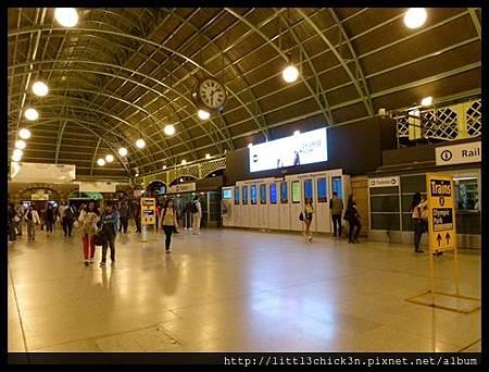20140417_191423_SydneyCentralStation.JPG
