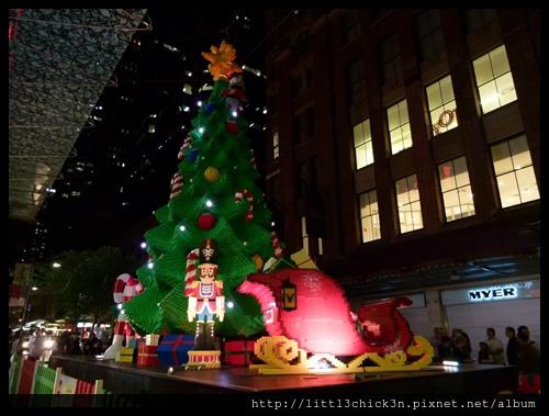 20141213_205550_PittStreetMall.JPG