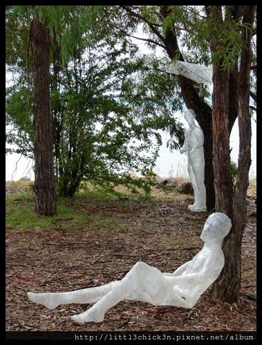 20150405_143957_LakeLightSculptureJindabyne.JPG