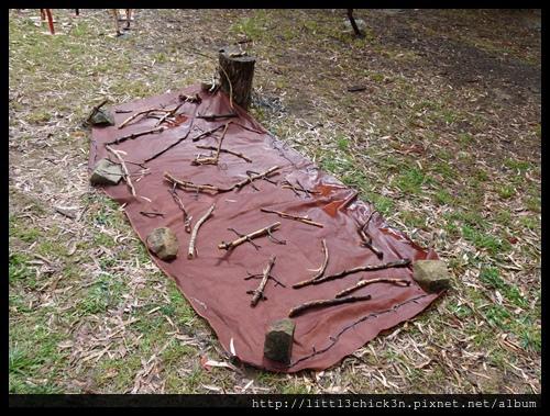 20150405_144315_LakeLightSculptureJindabyne.JPG