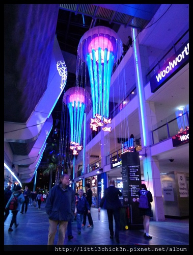 20150527_190640_VividSydney2015_Chatswood.JPG