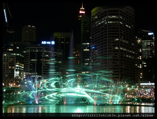 20150531_183435_VividSydney2015_DarlingHarbour.JPG