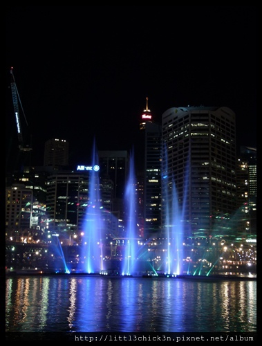 20150531_183608_VividSydney2015_DarlingHarbour.JPG