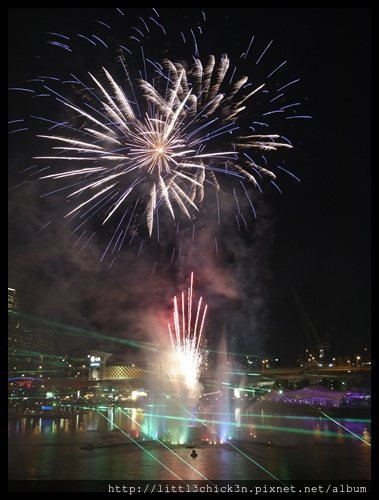 20150531_190856_VividSydney2015_DarlingHarbour.JPG