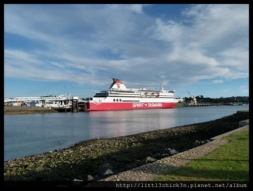 20111226_192101_0824_TasmaniaDevonportSpiritTasmania.JPG