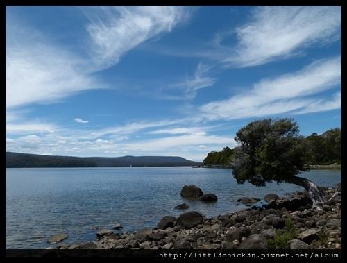20111223_120612_0098_TasmaniaLakeStClaire.JPG