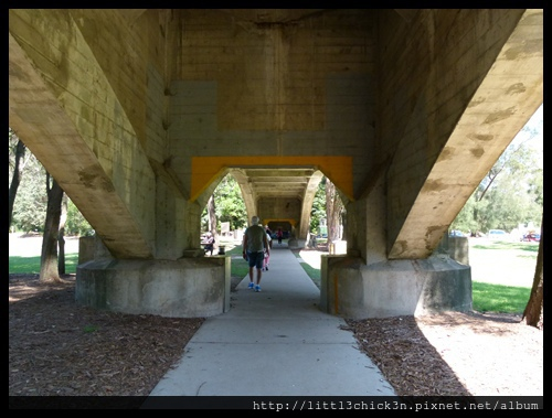 20151025_141249_7BridgesWalk.JPG