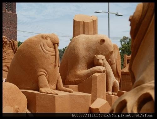 20160101_151212_FrankstonSandSculptingADayAtTheZoo.JPG