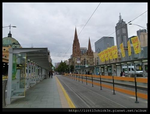 20160409_085755_MelbourneTramStation.JPG