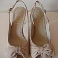Office 米色羈皮水鑽高跟鞋