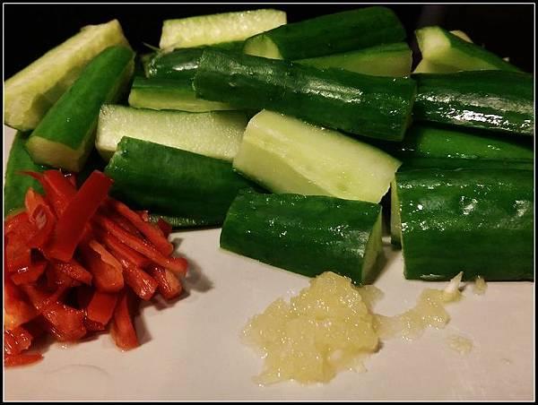 涼拌小黃瓜01