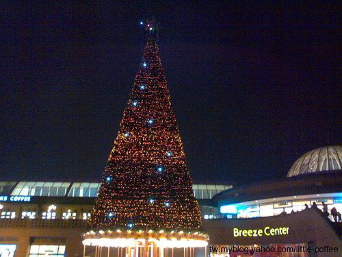 微風廣場2006聖誕樹