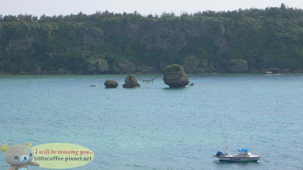 海上的岩石