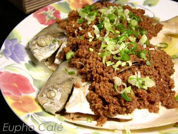 豆酥鯧魚.jpg
