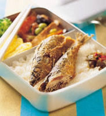 秋刀魚便當