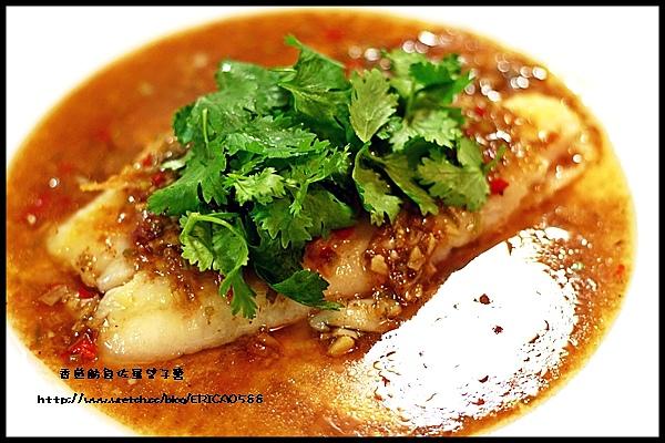 香煎魴魚佐羅望子醬
