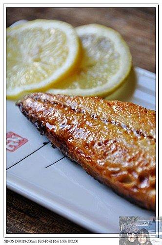 把拔上菜時間~金黃香烤鯖魚3