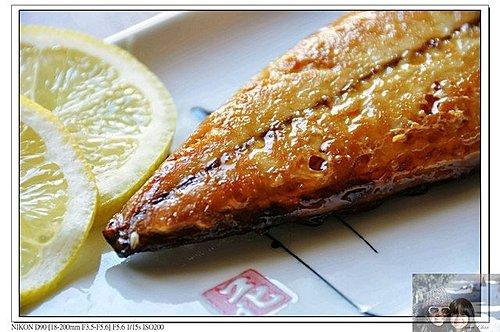 把拔上菜時間~金黃香烤鯖魚1