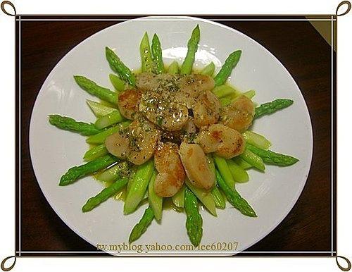 蘆筍帶子溫沙拉 干貝炒時蔬2