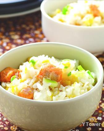 甜玉米鮭魚菜飯.jpg