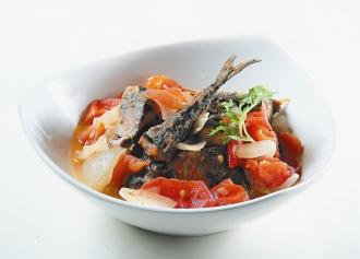 番茄燉秋刀魚.jpg