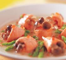 松菇鮭魚捲.jpg