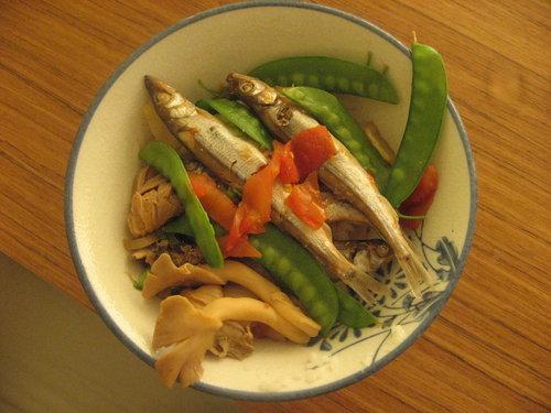 柳葉魚蓋飯.jpg