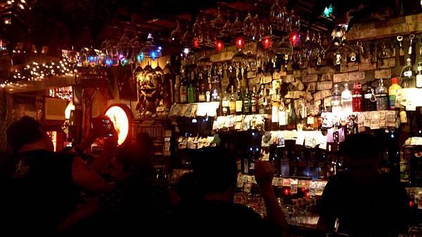 墾丁大街上某間酒吧