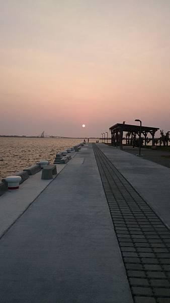 夕陽--大鵬灣