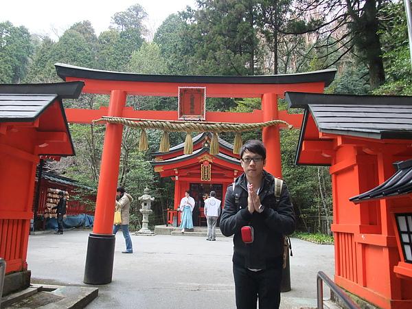 紅色的神社真的很漂亮!