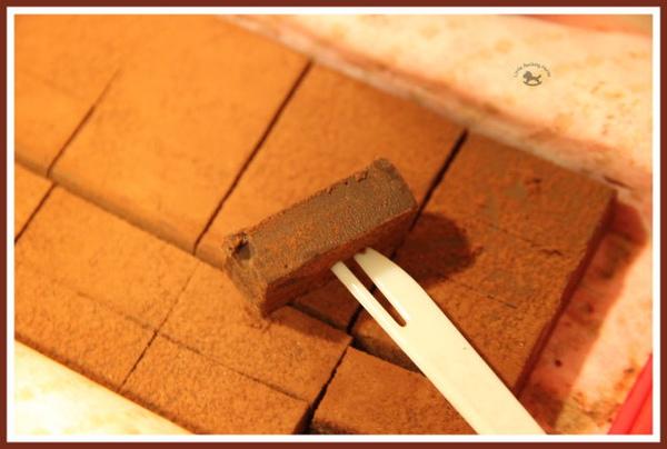 CAKE-闇黑生巧克力3.jpg