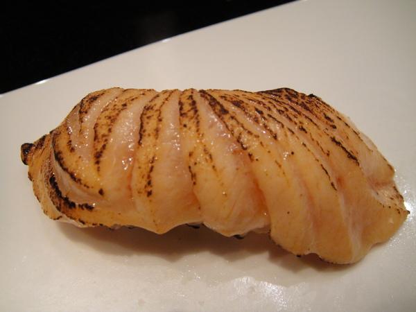 炙燒鮭魚壽司