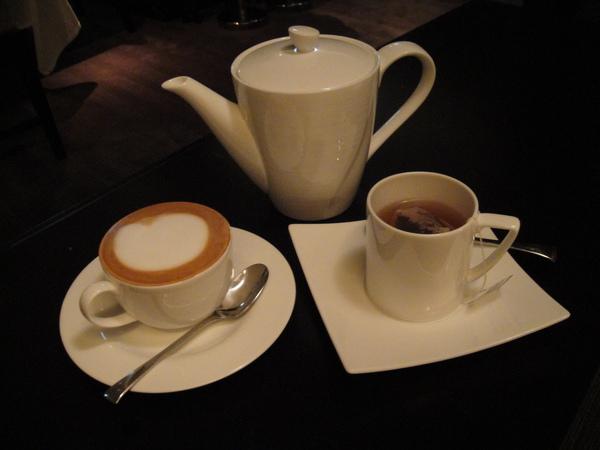 Latte和伯爵茶
