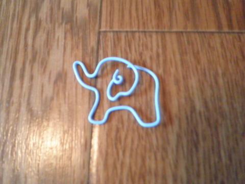 迴紋針折的大象
