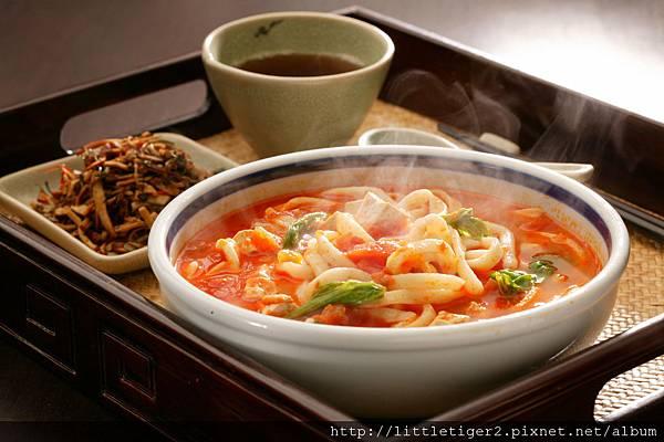 (圖2)番茄豆腐湯面