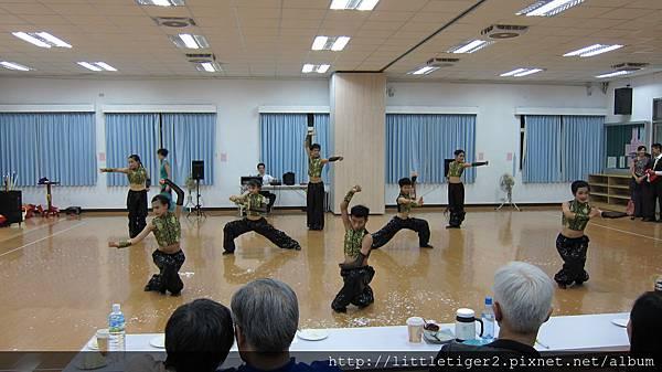 動作敏捷流利.JPG