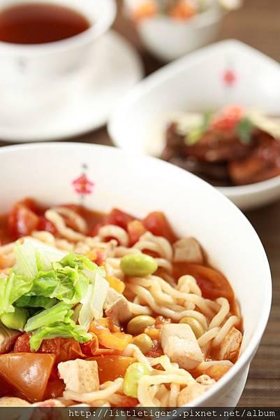 番茄豆腐湯麵