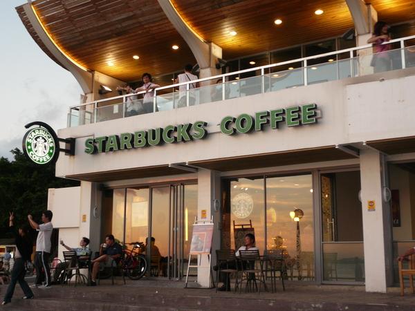 在咖啡館的路上 015.jpg