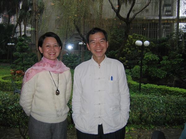 這是華漢兄與小龔學姐,永遠不變的兒家純真情誼。。