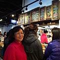 現在眷村文物館裡還兼做眷村文物與吃食小買賣,來嘗嘗吧.