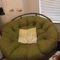 這張綠色星球椅是大寶2006到Iowa念書時買的最愛之一,舒適又溫暖,跟著大寶搬到德州,現在要拍賣了.