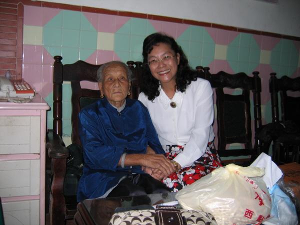 我和101高齡的外婆。