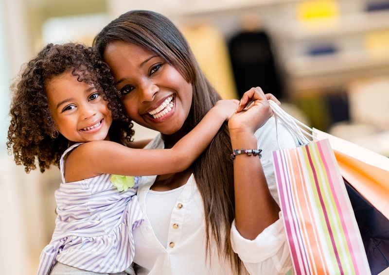 family-shopping-mom-and-daughter-shopping-shopping-bags-mall
