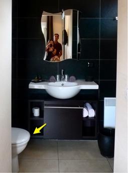 開放式廁所_Bonifacio_法國科西嘉_使用者經驗設計.jpg