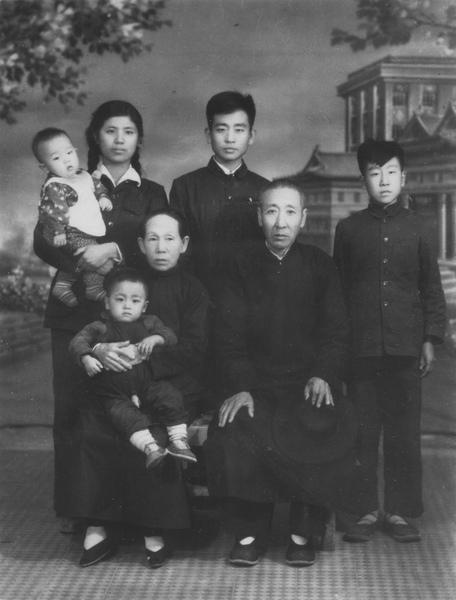 Family001_001.jpg