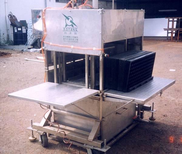 浸泡式穴盤消毒機雛型機