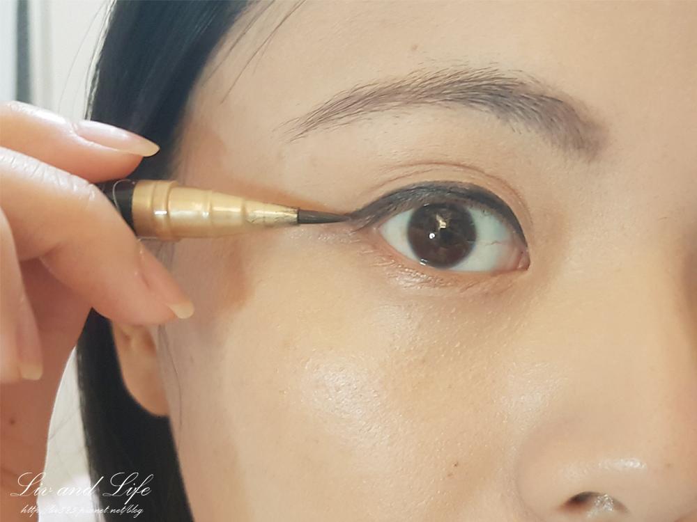 戀愛魔鏡眼線液10.jpg